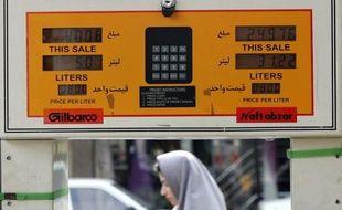 Les prix du pétrole ont fini mardi en forte hausse, terminant au-delà de 100 dollars le baril dans un marché soutenu par les nouvelles craintes d'un engrenage dangereux en Iran, qui selon des rumeurs a l'intention de fermer le détroit d'Ormuz pour des exercices militaires.