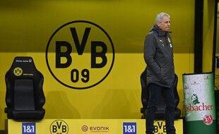Lucien Favre n'est plus l'entraîneur du Borussia Dortmund.