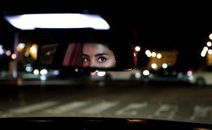 Une Saoudienne conduit pour la première fois à Riyad, le 24 juin 2018.