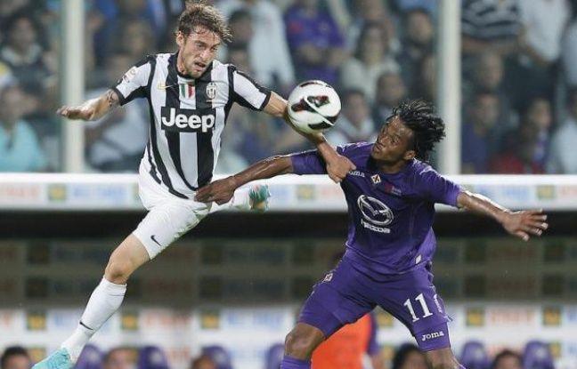 La Juventus Turin a résisté aux assauts de la Fiorentina (0-0) sur un terrain qui lui est toujours hostile et conservé la tête du championnat d'Italie, mardi lors du premier match de la 5e journée, passant avec succès son premier test sérieux en Serie A.