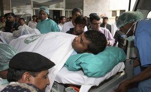 Un joueur de cricket sri-lankais blessé lors de l'attentat à Lahore au Pakistan le 3 mars 2009.