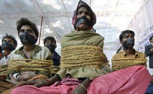 Manifestation en Inde le 2 décembre 2003 à l'occasion de la journée internationale pour l'abolition de l'esclavage