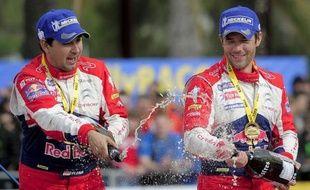 """Sébastien Loeb (Citroën DS3) a dû abandonner dimanche au rallye de Grande-Bretagne à la suite d'un accident de la route, mais sans conséquence: """"on est quand même champions du monde"""", a relativisé le Français devant la presse, heureux de ce 8e titre consécutif."""