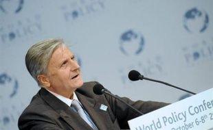 Le président de la Banque centrale européenne (BCE), Jean-Claude Trichet, a assuré mardi de son côté que celle-ci faisait tout son possible pour fournir des liquidités aux marchés, mais qu'elle n'avait pas la capacité de résoudre les problèmes de solvabilité des banques.