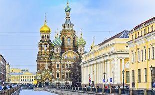 Les fastes de Saint-Pétersbourg confèrent à la ville un cachet unique et envoûtant.