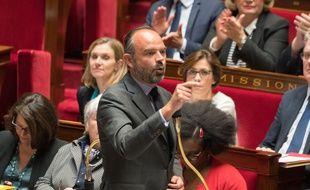 Le Premier ministre Edouard Philippe a demandé vendredi un second vote après l'adoption la veille d'un amendement controversé réintégrant l'huile de palme aux biocarburants jusqu'en 2026.