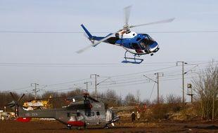 RTE utilise des hélicoptères pour la maintenance de ses lignes à haute tension (illustration).