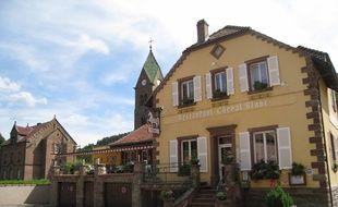 Le restaurant du Cheval Blanc est situé à Graufthal, dans le Bas-Rhin.