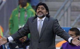 Le sélectionneur de l'Argentine diego Maradona le 17 juin 2010 à Johannesburg.