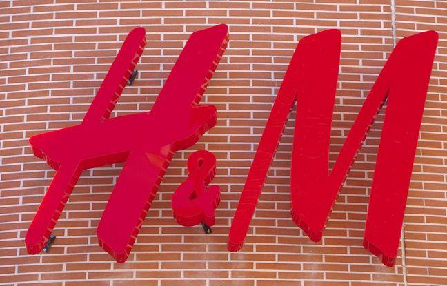 Non, H&M ne fait pas gagner des cartes cadeaux d'un montant de 200 euros.