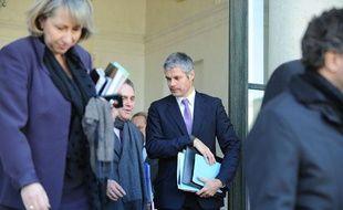 Sortie du Conseil des ministres, le 14 décembre 2011 à Paris.