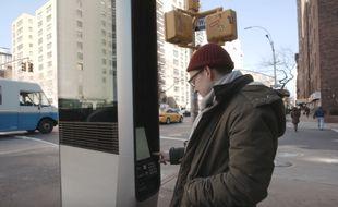 L'accès illimité aux bornes WiFi va être supprimé à New York (Etats-Unis). A cause, entre autres, de la consultation de sites pornographiques, jugée trop fréquente.