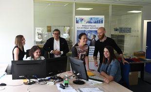 Jean-Marc Bourguignon (au centre), fondateur de la société FreeTeam à Pessac
