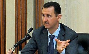 Le président syrien Bachar al-Assad doit prononcer dimanche matin un discours devant le nouveau Parlement, a annoncé la télévision d'Etat syrienne, discours qui survient alors que la Ligue arabe fait pression pour une action plus ferme de l'ONU en Syrie.