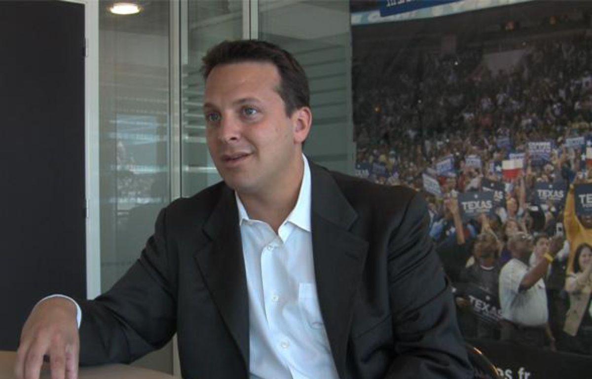 Jonathan S.Wolfson, C.E.O de l'entreprise Solazyme, interviewé le 8 juillet 2010 par 20minutes.fr. – 20minutes