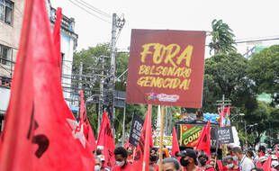 Lors de la manifestation, samedi, à Salvador de Bahia.