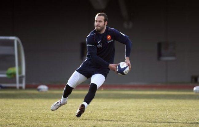 Les joueurs du XV de France sont arrivés lundi à Buenos Aires et ont participé à un premier entraînement sur place, à cinq jours de leur premier test-match face à l'Argentine, samedi à Cordoba dans le cadre des tournées de juin.
