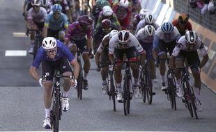 Arnaud Démare s'impose encore sur le Giro