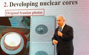 Le Premier ministre israélien Benjamin Netanyahu a dévoilé des documents qui seraient selon lui des preuves d'un programme secret iranien visant à développer l'arme nucléaire.
