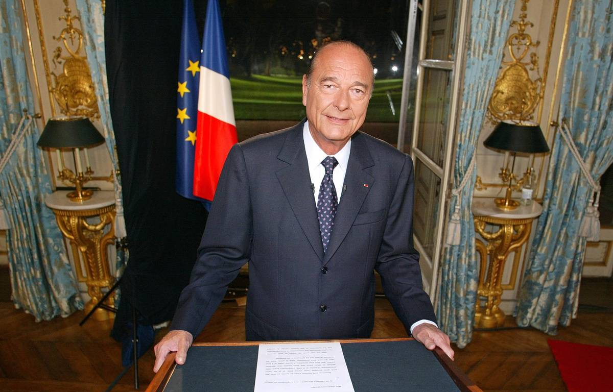 Jacques Chirac à l'Elysée, le 31 décembre 2002. – PATRICK KOVARIK / AFP