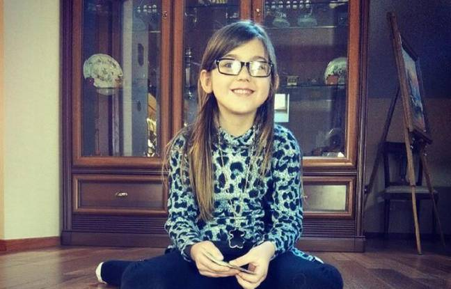 Berenyss, 7 and a half years, has long brown hair and length of 1.35 m. She was not wearing his glasses when he disappeared.