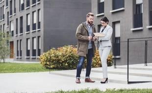 Lors d'une vente en copropriété, le propriétaire doit fournir un état daté récapitulant la situation comptable du bien à l'acquéreur.