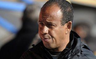 L'entraîneur français Jean Tigana a quitté le club chinois Shanghai Shenhua, a rapporté lundi un quotidien chinois, mais l'intéressé a pour sa part déclaré à l'AFP qu'il n'avait pas démissionné.