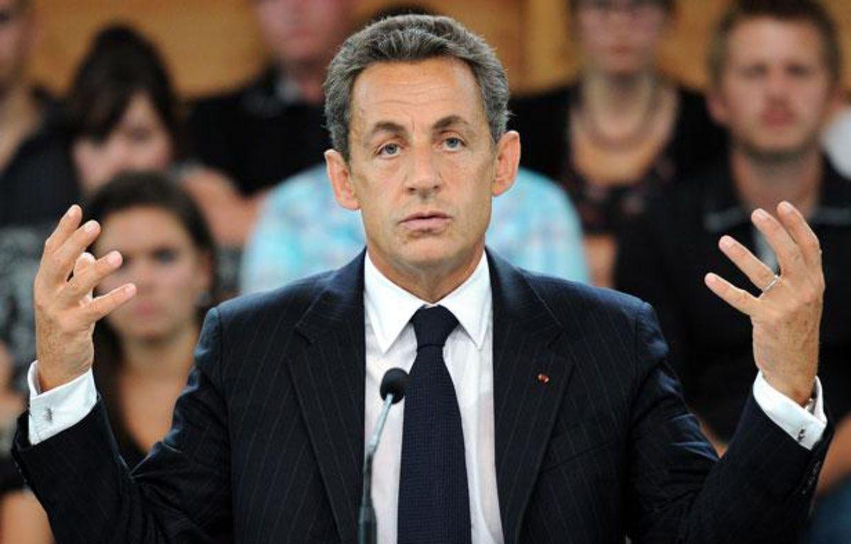 Nicolas Sarkozy, le 2 septembre 2011, lors d'une table ronde à Sainte-Marguerite, dans l'est de la France. – P. HERTZOG / AFP