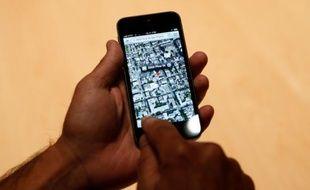L'iPhone 5, sous iOS 6, propose un système de cartographie maison.