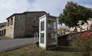 Une cabine téléphonique. Illustration