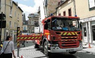 Les pompiers ont achevé de cartographier la rue de Penhoët, jugée à risque.