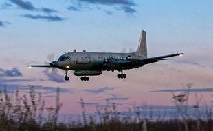 Un avion russe quadrimoteur à hélices, similaire à celui qui a été abattu ce mardi.