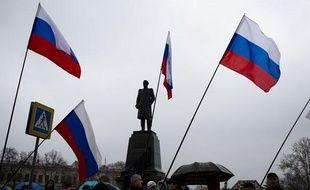 Mainfestation pro-russe à Sébastopol, en Crimée, le 26 février 2014.