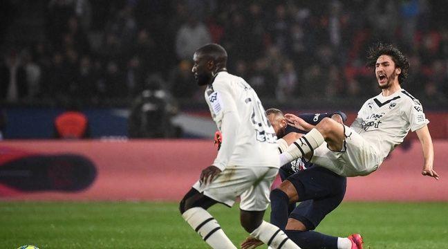 Yacine Adli demande à la LFP de retirer le carton rouge à Neymar