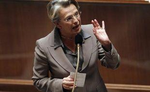 En héritant du Quai d'Orsay dimanche, Michèle Alliot-Marie a complété un grand chelem inédit des ministères régaliens, profitant de son statut de chiraquienne au professionnalisme loué.
