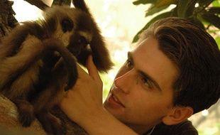 Chanee et un bébé gibbon.