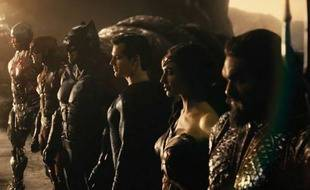 Zack Snyder réunit (encore) les super-héros DC pour sa version de  « Justice League », sur HBO Max en 2021