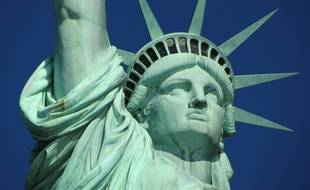 La statue de la Liberté a été construite en 1886 par le sculpteur français Auguste Bartholdi.