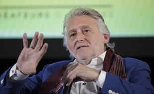 Gilbert Rozon lors d'une conférence de presse en avril 2016.