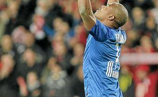 Vincent Enyeama, le gardien lillois,  a arrêté un penalty du Stéphanois Gradel.