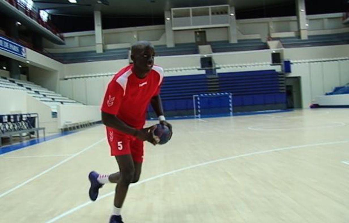 Friday Sport: Une roucoulette dans ta face avec Kévynn Nyokas du paris Handball. – Capture d'écran/20minutes.fr