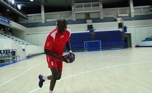 Friday Sport: Une roucoulette dans ta face avec Kévynn Nyokas du paris Handball.