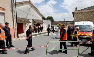 Un TER en provenance d'Epernay a percuté une voiture au passage a niveau d'Avenay-Val-d'Or, près de Reims, le 15 juillet 2019.