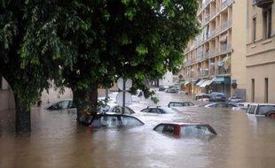 En Corse, le centre ville d'Ajaccio a reçu le 29 mai 2008 en 24 heures quatre fois plus de pluie qu'en un mois, avec 148 mm, un record depuis 1949.