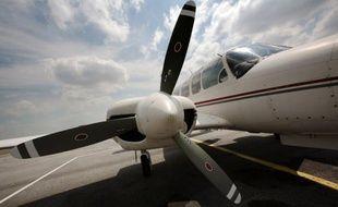 Les quatre personnes qui se trouvaient à bord d'un avion sanitaire (PIPER 400) qui s'est abîmé samedi en mer à 02h39 heure locale peu après le décollage de l'île franco-néerlandaise de Saint-Martin, dans les Caraïbes, sont mortes, a annoncé le ministère de la Santé.