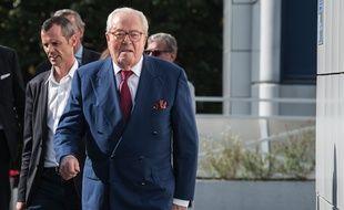 Jean-Marie Le Pen au siège du Front national, à Nanterre, le 20 août.