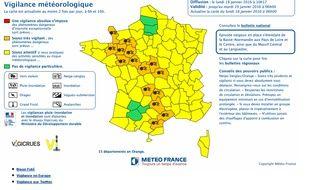 Carte de vigilance de Météo France concernant l'alerte orange «neige et verglas» pour 15 départements, le 18 janvier 2016.
