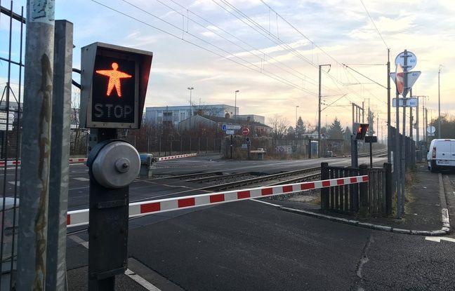 Haute-Garonne : Une voiture percutée à un passage à niveau, son conducteur est décédé