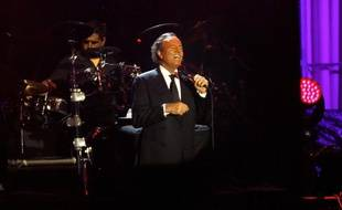 Julio Iglesias en concert en juin 2013.