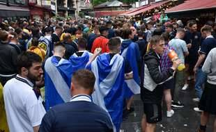 Les fans écossais en nombre dans les rues londoniennes.